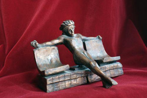 Christ dans le metro (bronze 19x16x15,5)